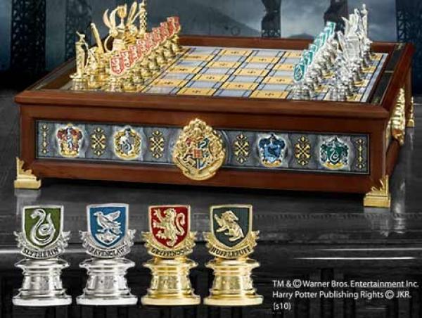 sieben k nigslande harry potter die h user hogwarts quidditch schachspiel. Black Bedroom Furniture Sets. Home Design Ideas